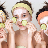 Kamaszkori bőrproblémák: hasznos tippek szülőknek