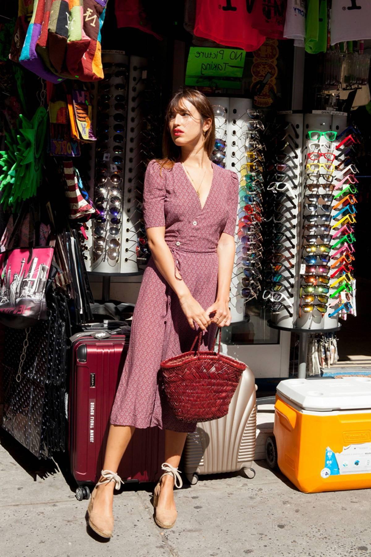 7aeaa8a25a New Yorkban vagy Sidney-ben ugyanúgy stílusosak a nők. Ez sokkal inkább a  hazánk, az életstílusunk, a történelmünk specialitása.