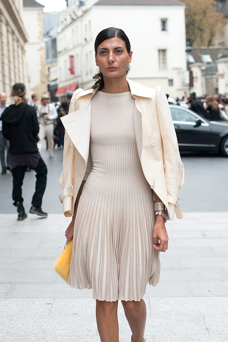 nude-and-beige-outfits-2015-street-style-trends-33.jpg