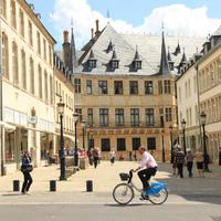Luxemburgi luxus: egy átlagos nap a világ második leggazdagabb országában