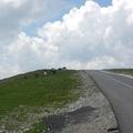 Autóval a felhők fölé? A Transzalpina úton ez nem lehetetlen!