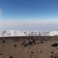 A hegy teteje, a piramis alja - Hét nap a Kilimandzsárón