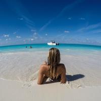A Karib-tenger legdrágább gyöngyszeme: Turks- és Caicos-szigetek