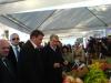 A mezőgazdasági vásárra az akkori miniszterelnök, Sali Berisha is ellátogatott (Fotó: Jani haverja)