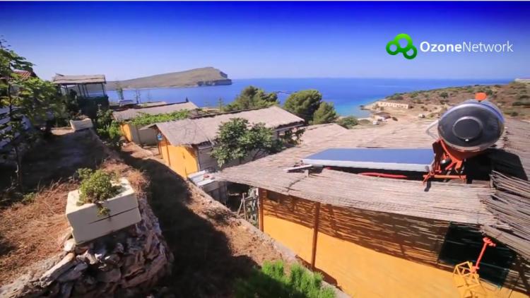 Agavia village, az ökofalu a Jón-tenger partján (Fotó: OzoneUtazás - Albánia (YouTube))
