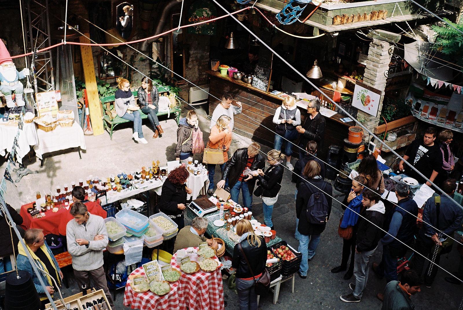 Szimpla vasárnapi őstermelői piac (Fotó: Flickr/benfo)