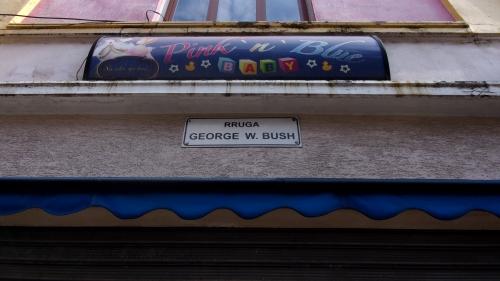 A George Bush utca Tiranában (Fotó: Jani haverja)
