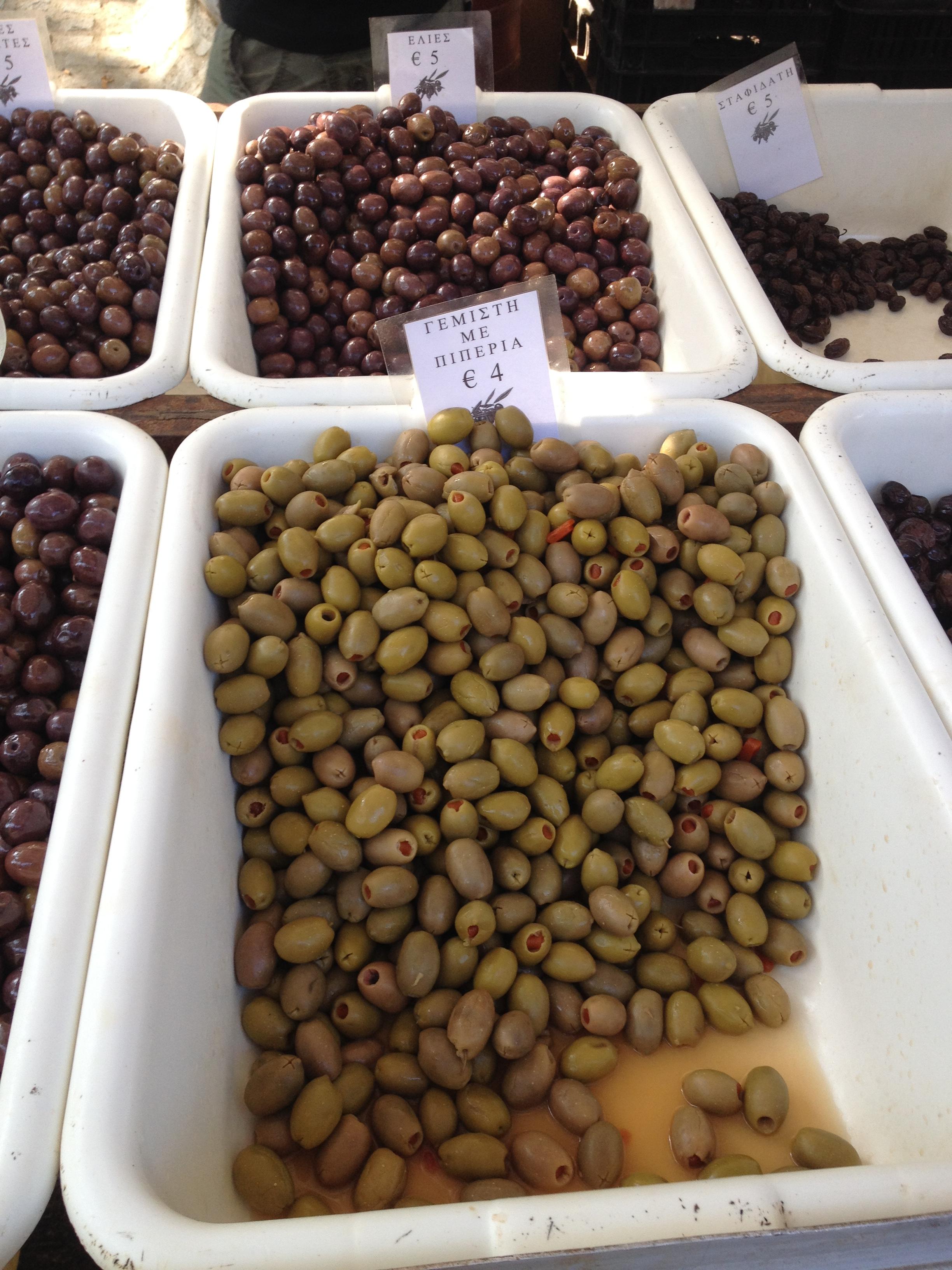 Kesernyésebb zöld olívabogyók (Sztogi)