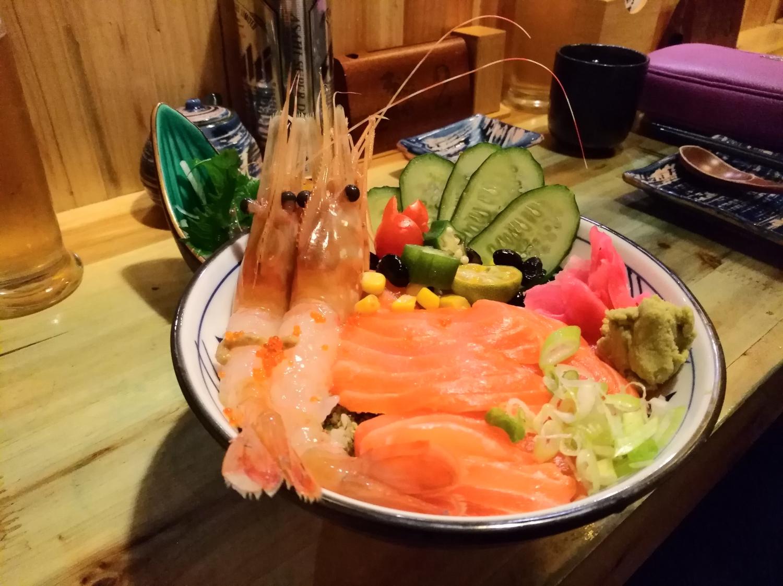 japan_szasimi_tal.jpg