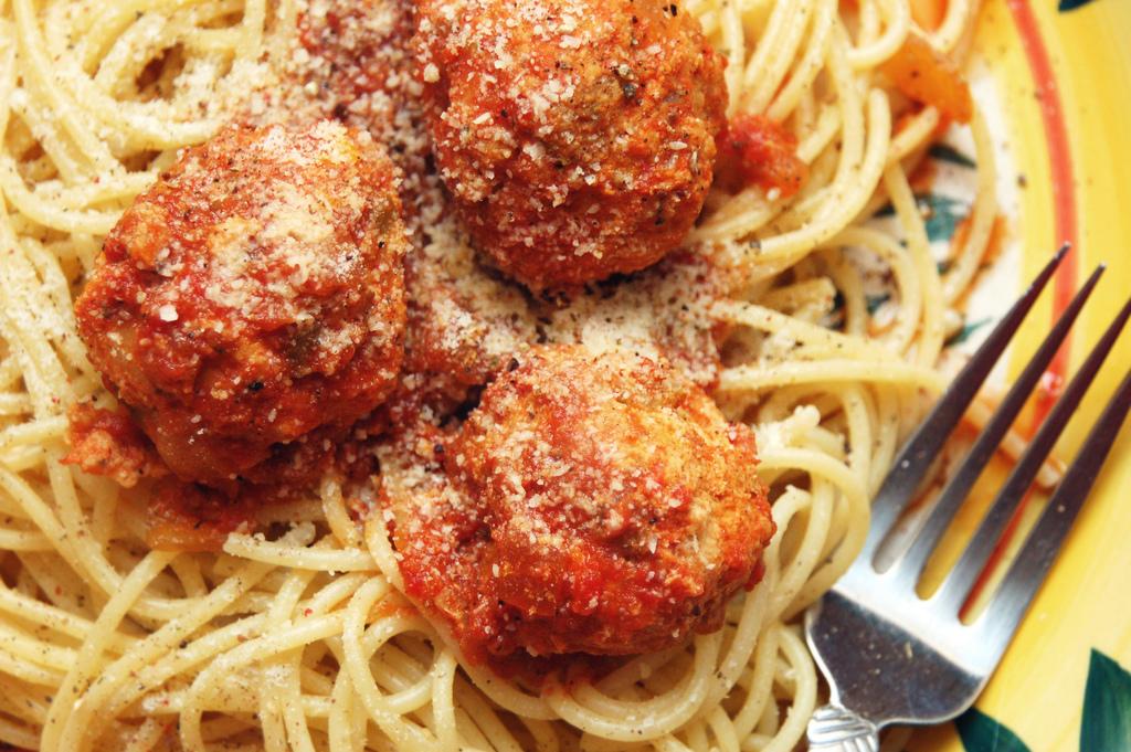 paradicsomos_husgolyo_spagetti.jpg