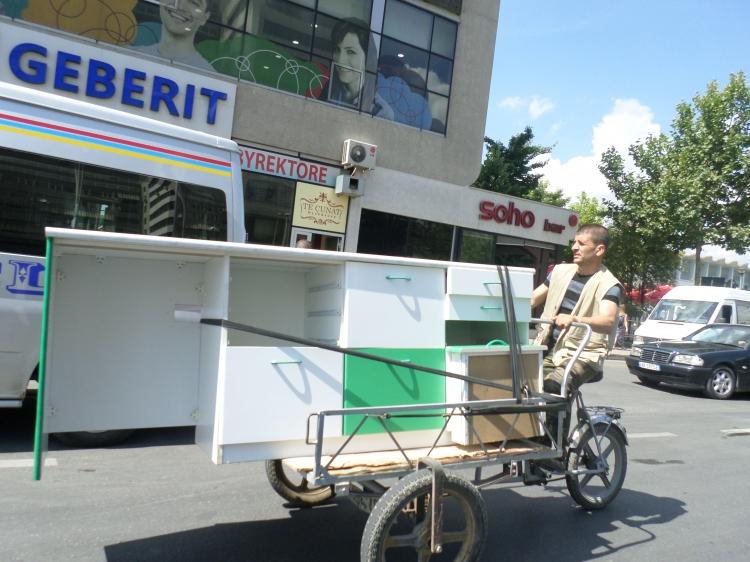 Egyedi közlekedési megoldás (Fotó: Jani haverja)