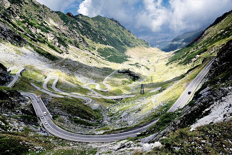 wideviewoverthenortherntransfagarasan.jpg