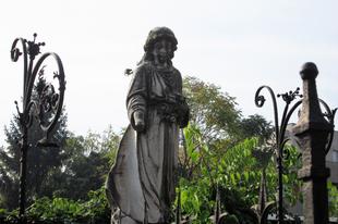 Érdekességek miskolci temetőkről