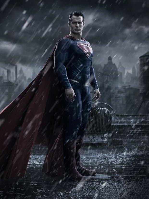 superman_old_souit.jpg