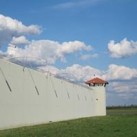 Az új börtönök jelentősen növelik a fogvatartás költségeit