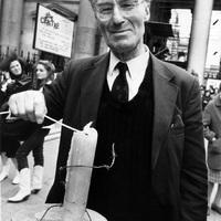 Július 31.: Peter Benensonnak, az Amnesty alapítójának a születése napja (1921)