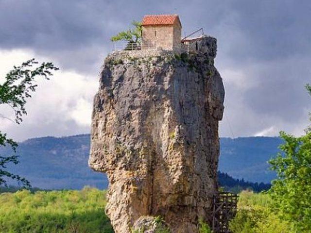 Megbízható sziklavár