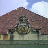 Buda címere - Budapest, Várszínház