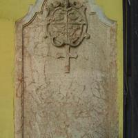Szerb sírkő - Budapest, Veres Pálné utca (2)