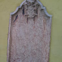 Szerb sírkő - Budapest, Veres Pálné utca (3)