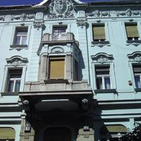 Ismeretlen címer - Budapest, Kecskeméti utca 2