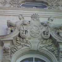 Károlyi címer - Budapest, Múzeum utca