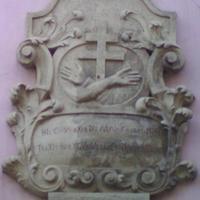 Ferences címer - Budapest, Fő utca