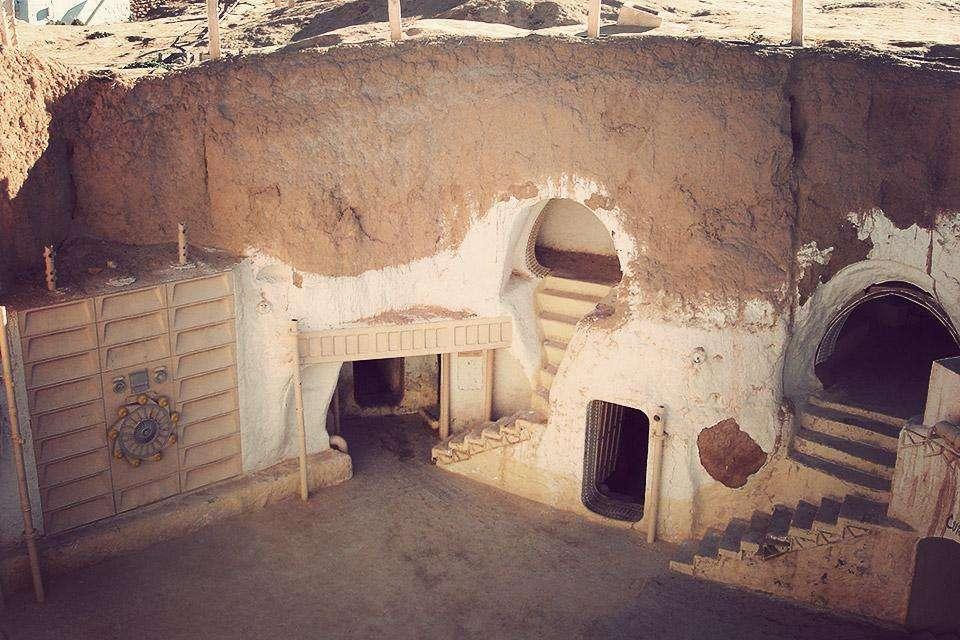 hotel-sidi-driss-the-real-life-tatooine-of-star-wars-building-attractions-photo-u3.jpg