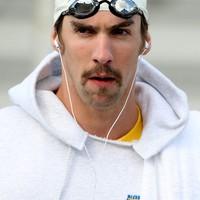 Michael Phelps Borat bajusszal!