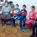 Szegények reménysége - mikrobuszra gyűjt a 300 lelkes roma falu