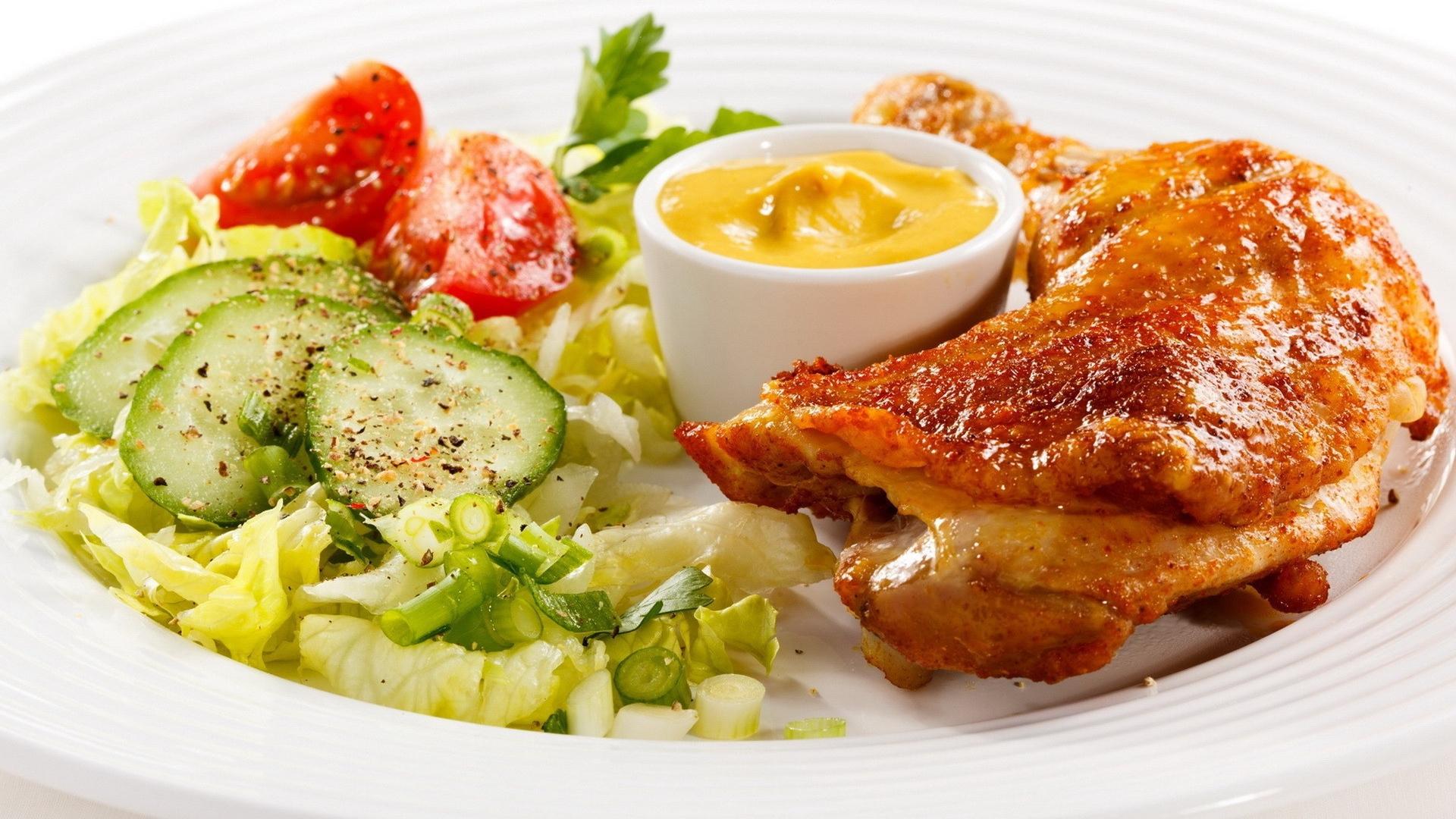 chicken_sauce_fresh_herbs_vegetables_71569_1920x1080.jpg