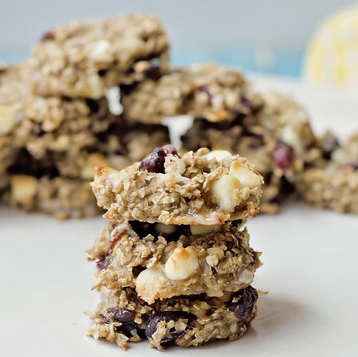 healthy-banana-oatmeal-cookie.jpg