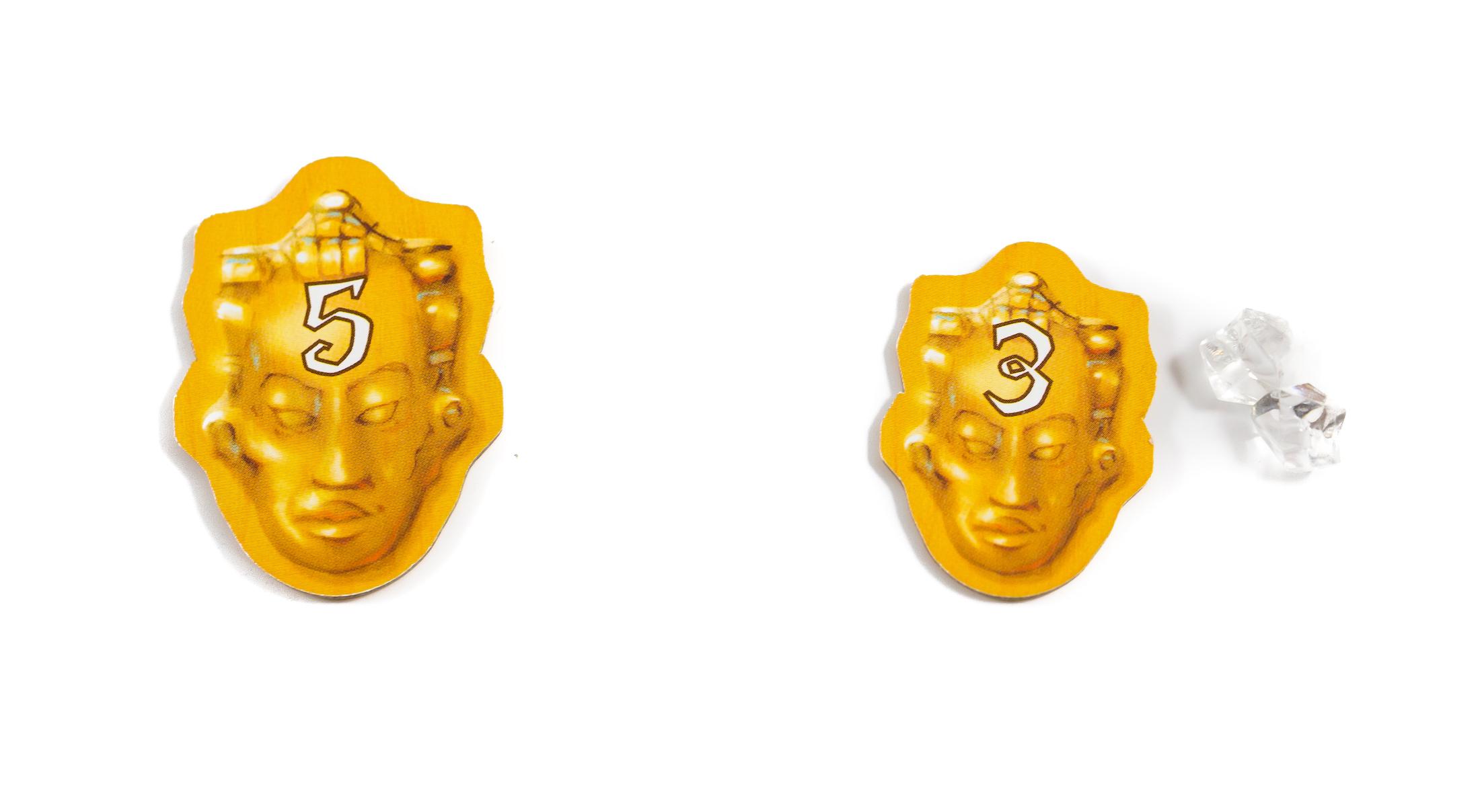 Abban az esetben, ha két játékos egyszerre ér ugyanahhoz a templomhoz, az egyikük elveszi az 5-ös számú kincset, a másik pedig a 3-as számút és hozzá két kristályt. Így ugyanannyi pontot gyűjtöttek a sárga templomnál.
