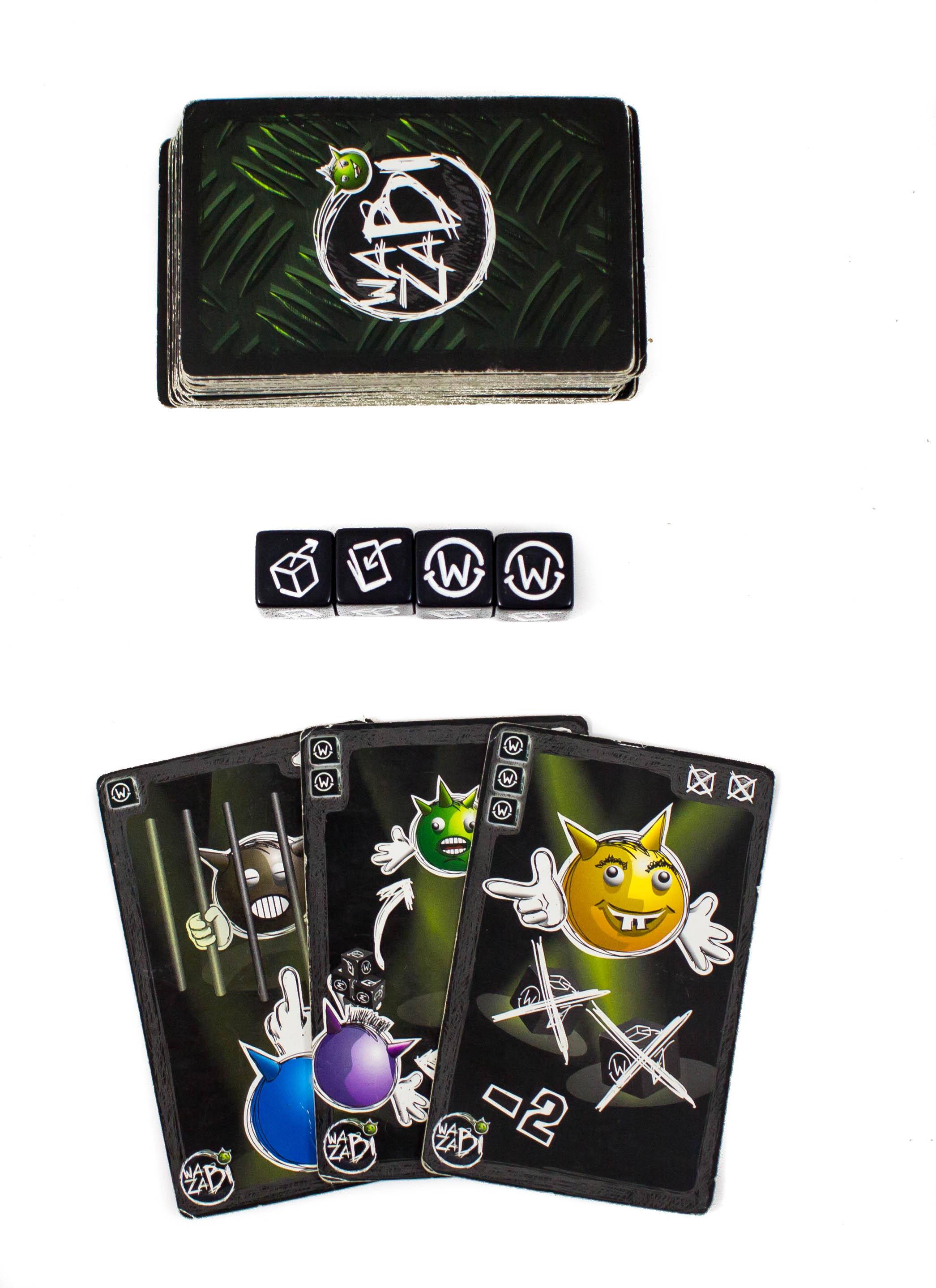 A kockák, amelyektől meg kell szabadulni. Aki kocka szimbolumot dob, átadhatja egy másik játékosnak a saját kockáját, aki lapot dob, az húz egyet a pakliból. A W wazabi jelért pedig felhasználhatjuk valamelyik kártyának. A lapok sarkában látható, hogy mennyi wazabiba kerülnek. Mindegyik kártya mást tud. Van, amelyik az ellenfelet zárja ki egy körből és olyan is, ami minket segít: visszatehetünk 1 v. 2 kockát a dobozban.