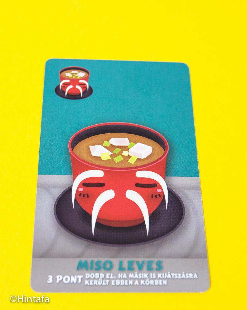 Miso leves az egyediségre megy rá. Ha senki más nem játszotta ki a körben, akkor +3 pont