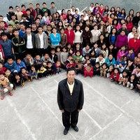 A világ legnagyobb családja: egy férfi, 39 feleség, 94 gyermek és 33 unoka