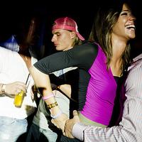 Női dulakodás, hiszti az Aranypart buliján - képek
