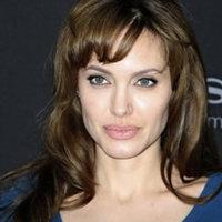 A világ legszexisebb színésznője kacsintgat hazánk felé
