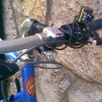 Leszáguldani a hegyről, bringával