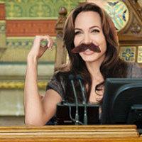 Kövér Lászlót helyettesítette Angelina Jolie a Parlamentben