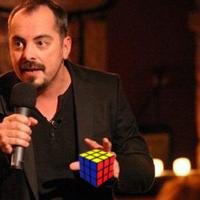 Mogács Dániel, az MKKP jelöltje oldotta meg a Rubik-kocka rejtélyét