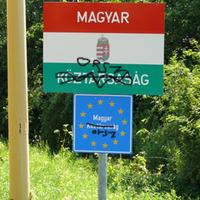 Mennyibe kerül a Magyar Köztársaság átnevezése?