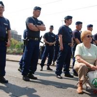 Emlékérmet kap az első kormányellenes tüntető