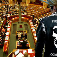 Orbán: Punkzenekarral a népszerűtlenségért