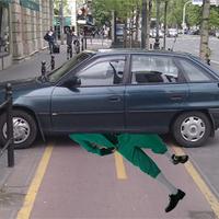 Hajdú Péter az ír gázolóra parkolt