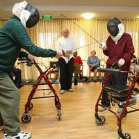 Államosítják a nyugdíjasokat