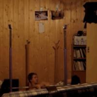 Itt a videó, ahogy Tiborcz István magára ejti a súlyzókat a konditeremben!