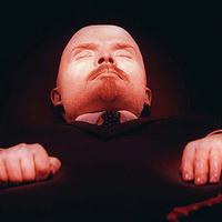 Lenin mellé helyezik Michael Jacksont