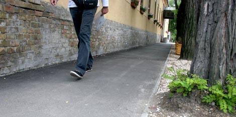 Járdafelújítási program a kerületben