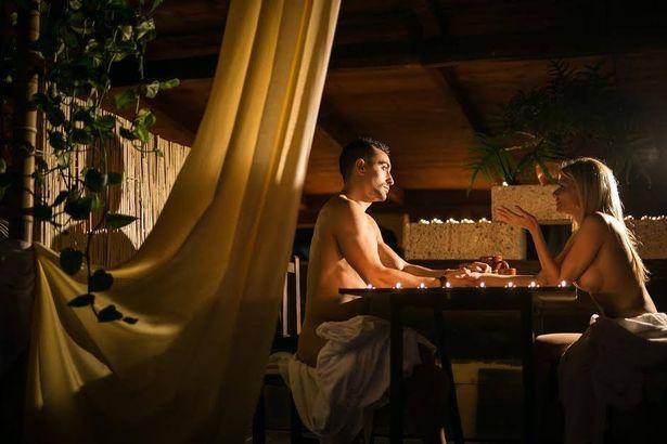 naked-restaurant-opens-in-spain-customers-can-eat-dessert-off-nude-models.jpg